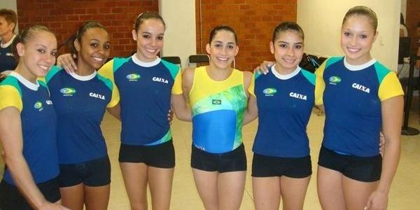 Seleção feminina de ginástica que disputa o Pré-Pan de Guadalajara