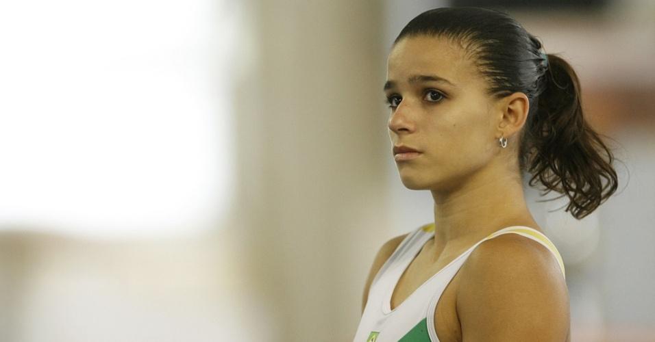 Jade Barbosa durante treino em 2008