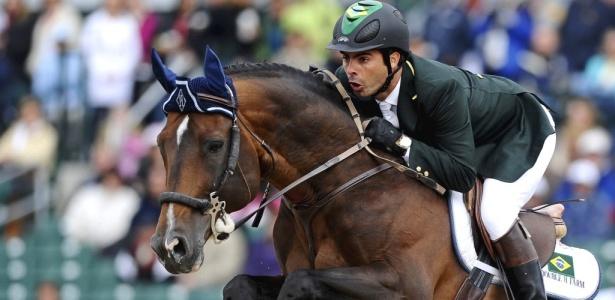 Rodrigo Pessoa já tem três medalhas e cinco Olimpíadas no currículo
