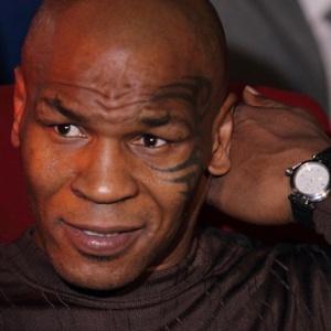 Pol�mico, Mike Tyson ser� um dos homenageados pelo Hall da Fama do boxe na classe de 2011