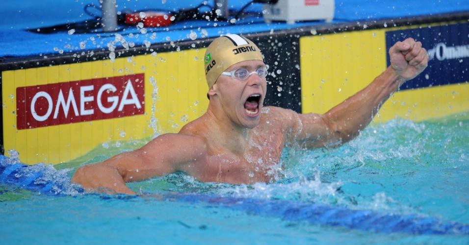 Cesar Cielo comemora a vitória nos 50 m borboleta no Pan-Pacífico de Irvine, na Califórnia