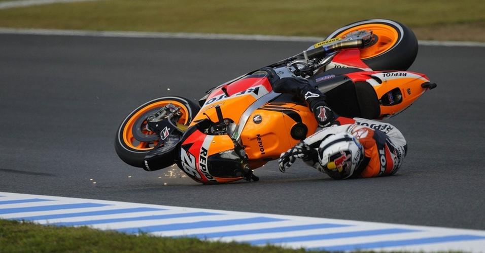 Dani Pedrosa se acidenta e fratura a clavícula em queda em treino do GP de Motegi