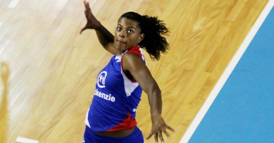Fernanda Garay, destaque do Pinheiros, na Superliga