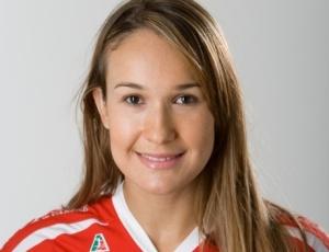 Fernandinha, que atua no Azerbaijão, brigará por posição com Dani Lins e Fabíola na seleção brasileira