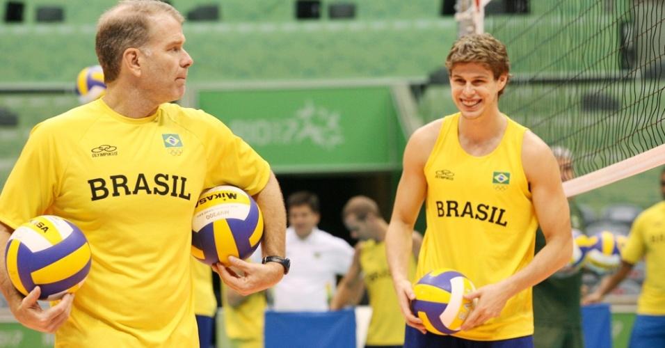 Bernardinho (esq.) e Bruno durante treinamento para o Pan de 2007, no Rio