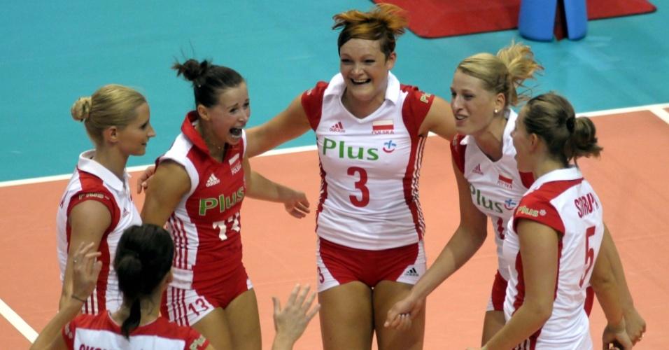 Seleção polonesa comemora ponto no Grand Prix