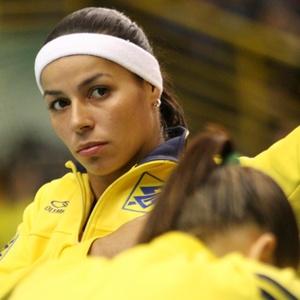 Paula Pequeno teve dinheiro e roupas levadas em assalto sofrido em shopping no Rio de Janeiro