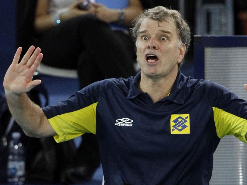 Bernardinho faz careta na vitória do Brasil sobre a República Tcheca