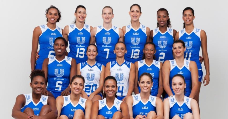 Jogadoras da Unilever apresentam novo uniforme da equipe: azul marinho dá lugar ao azul royal
