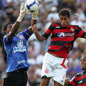 http://e.i.uol.com.br/futebol/0911/091130felipe.jpg
