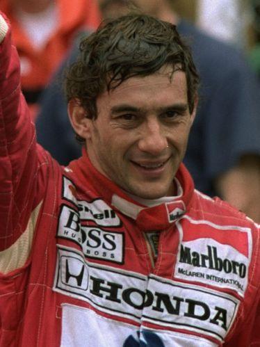 Senna celebra a quinta vitória no GP de Mônaco, circuito onde mais obteve triunfos na carreira