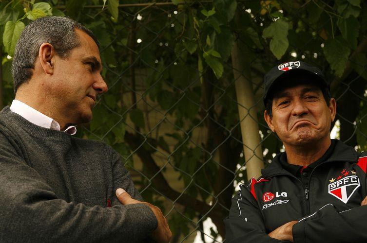 O ex-treinador do São Paulo recebeu no CT da Barra Funda o técnico campeão olímpico com a seleção feminina de vôlei, José Roberto Guimarães