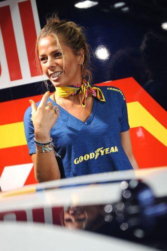 A etapa do Rio de Janeiro foi premiada com um grande número de belas mulheres, começando por Adriane Galisteu. Neste fim de semana, categoria chega ao Rio Grande do Sul, com prova em Tarumã. Corrida pode decidir o campeão.