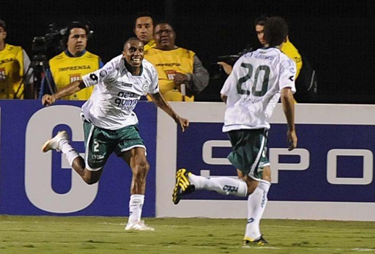 Após sair em desvantagem, Goiás reage, vence o Palmeiras de virada por 2 a 1 e está na final da Copa Sul-Americana