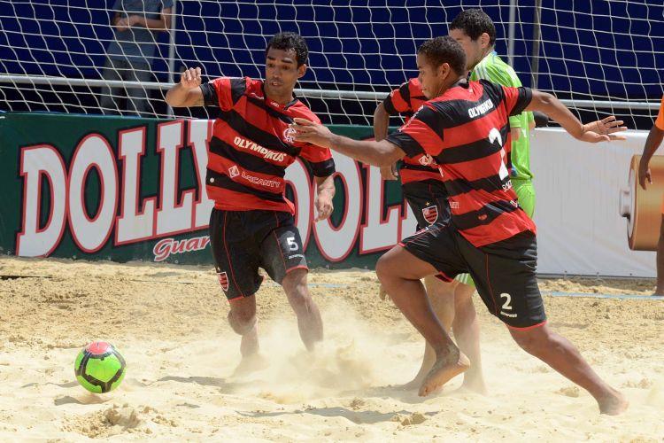 O Flamengo sofreu no tempo normal e na prorrogação, que ficou em 2 a 2, mas bateu o time de Seattle