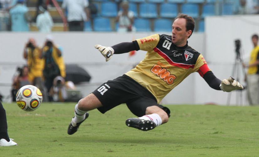 Em busca do centésimo gol, Rogério Ceni foi um dos destaques do time são-paulino