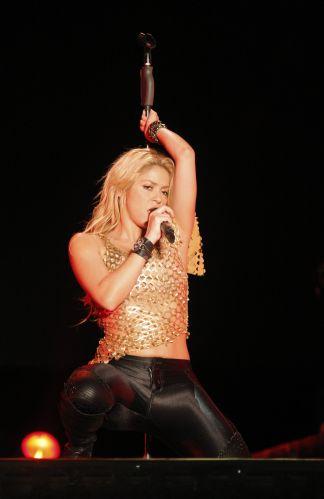 Shakira esbanja sensualidade durante show na República Dominicana