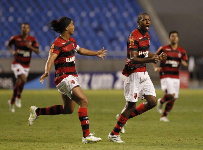 Renato Abreu foi o grande protagonista da vitória do Flamengo sobre o Duque de Caxias pela Taça Rio neste sábado