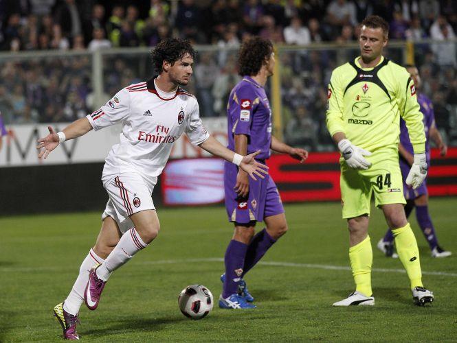 Alexandre Pato mostrou oportunismo e anotou o segundo gol do Milan no primeiro tempo