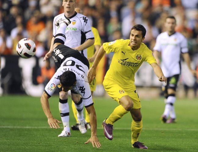 Villarreal, de Nilmar, foi mal e acabou goleado por 5 a 0 pelo Valencia fora de casa