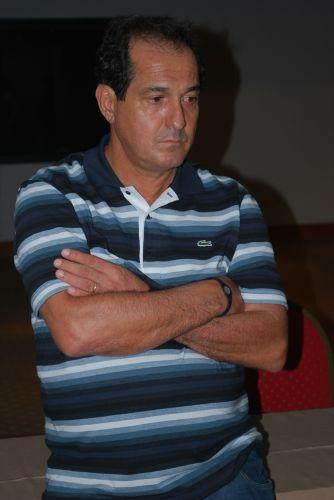 Muricy Ramalho não pôde fazer treino no campo devido ao atraso do voo até o Paraguai e por isso viu a equipe se exercitar fisicamente no hotel
