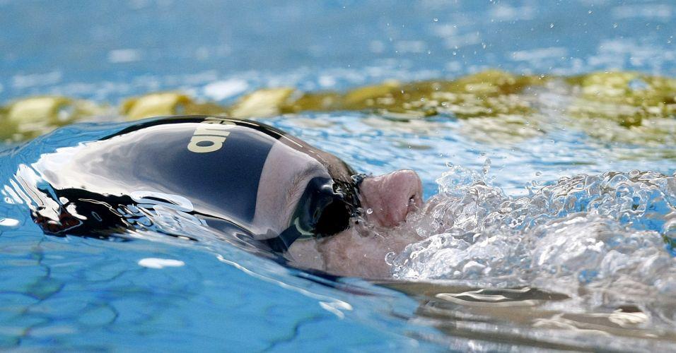 Cesar Cielo nada no parque aquático Júlio Delamare, no Rio de Janeiro, durante o Tentativa Mundial; Cielo não disputa os 50 m livre e vence os 100 m borboleta