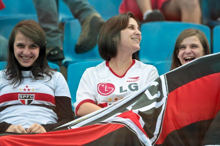 Torcida do São Paulo à espera do duelo contra a Portuguesa valendo vaga nas semifinais do Paulistão 2011