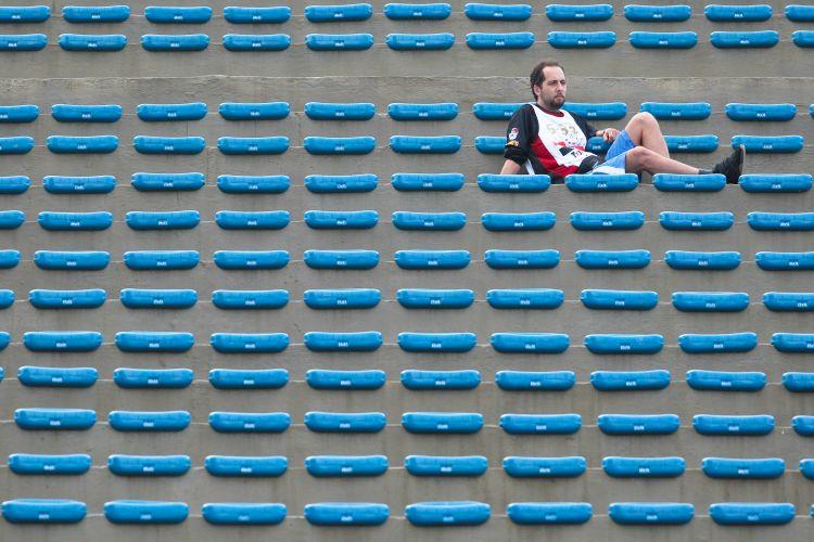 Torcida do São Paulo à espera do duelo contra a Portuguesa valendo vaga nas semifinais do Paulistão 2011. Time tricolor venceu por 2 a 0 e se classificou