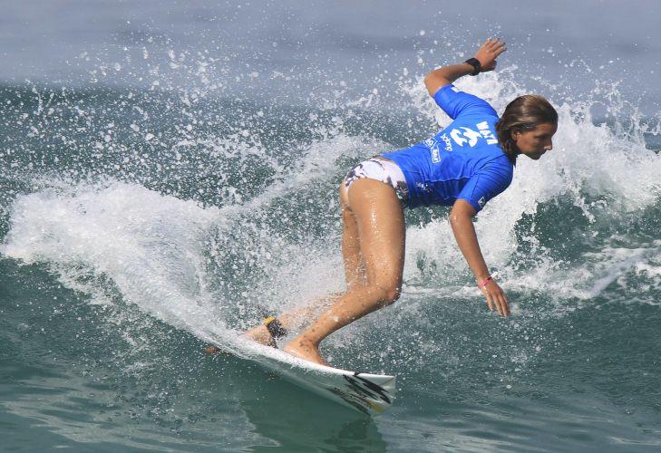 Maya Gabeira competiu em casa durante campeonato da ASP (Associação de Surfistas Profissionais).