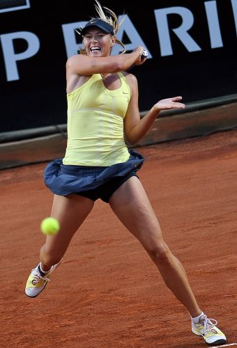 Maria Sharapova em ação no Masters 1000 de Roma