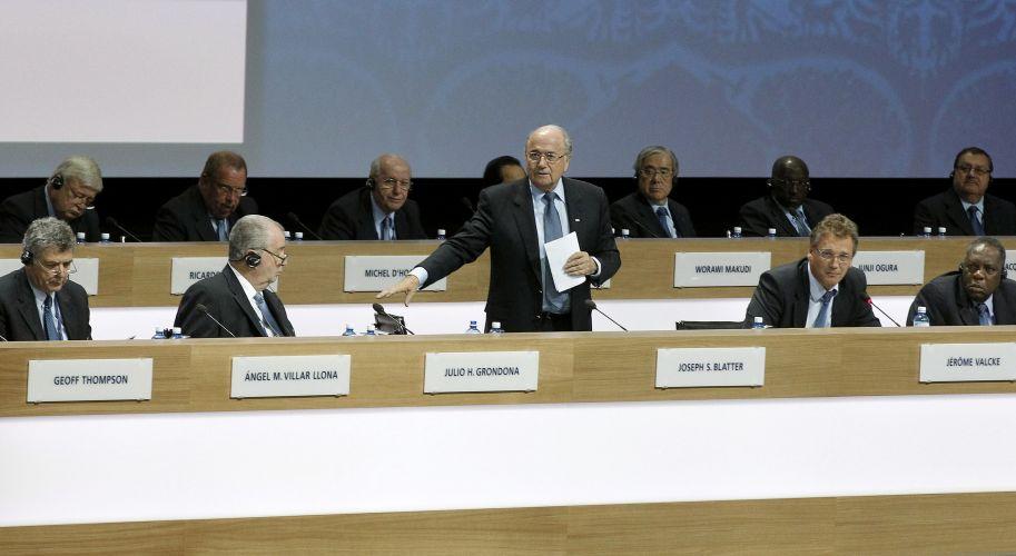 Durante seu discurso no 61º Congresso da Fifa, em Zurique (Suíça), o presidente Joseph Blatter propôs mudanças no processo de escolha das sedes das Copas do Mundo. Suíço deseja que definição seja feita durante os congressos da entidade, e não mais em reuniões do comitê executivo