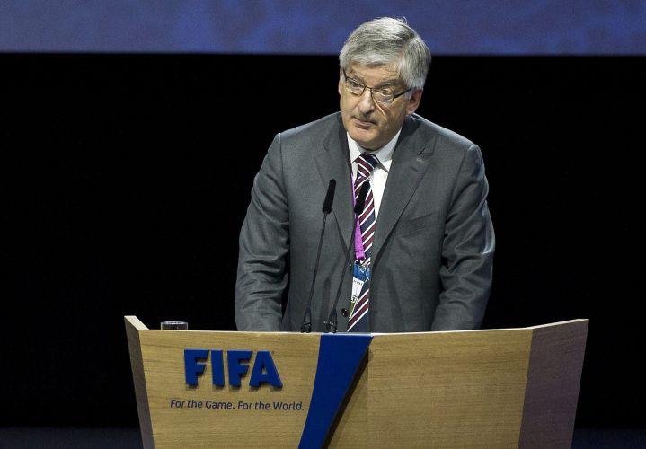 David Bernstein, presidente da Federação Inglesa (FA), discursa durante o 61º Congresso da Fifa, em Zurique (Suíça). Dirigente pediu o adiamento da eleição para presidência da entidade após os diversos escândalos de corrupção e suborno, mas não teve seu pedido atendido