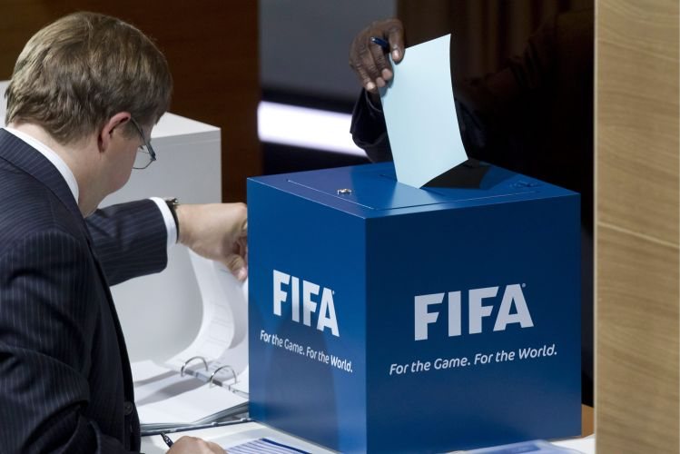 Nesta quarta, o 61º Congresso da Fifa confirmou a reeleição de Joseph Blatter como presidente da Fifa. Candidato único, suíço permanecerá mais quatro anos no cargo