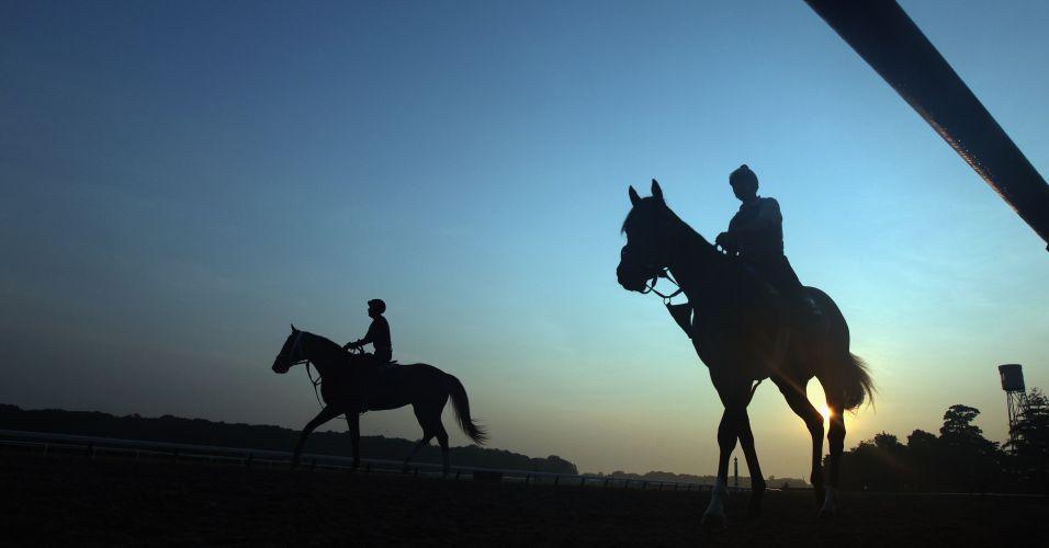 Cavaleiro Dane Noel leva Prime Cut para uma manhã de treino preparatório para corrida de Belmont Stakes, em Nova York