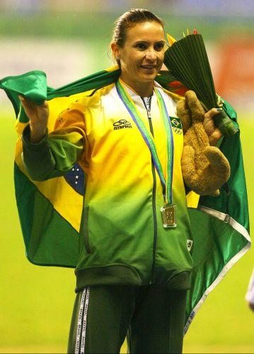 Maurren Maggi - No Rio de Janeiro, a saltadora voltou do drama do doping, foi bicampeã pan-americana e despontou para, na temporada seguinte, conquistar a inédita medalha de ouro olímpica no salto em distância