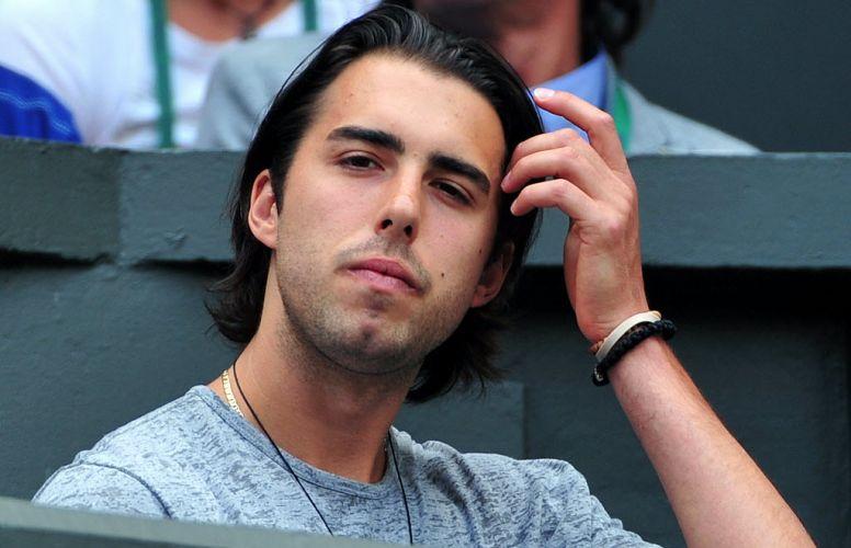 Namorado de Maria Sharapova, Sasha Vujacic prestigia a amada na final de Wimbledon, mas vê a musa perder por 2 a 0 para a tcheca Petra Kvitova
