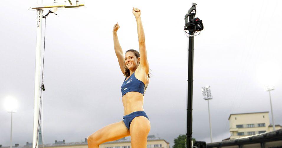 Fabiana Murer ficou só com o bronze no salto com vara no Aviva Birmingham Grand Prix 2011, na Inglaterra. O técnico culpou o mau tempo pelo desempenho