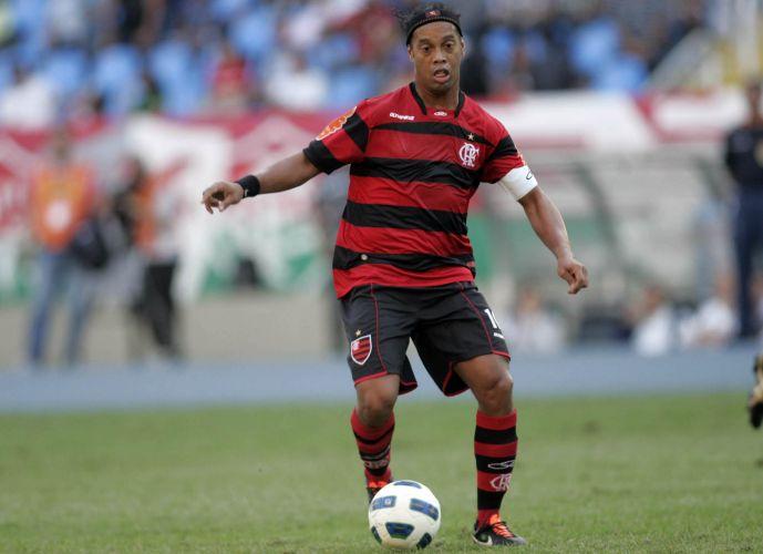 Ronaldinho Gaúcho busca manter boa fase e brilhar também em um clássico pelo Flamengo