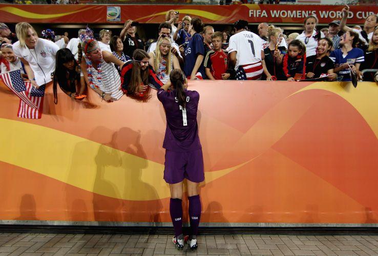 Talento e beleza transformou a goleira dos Estados Unidos em uma das atletas favoritas dos torcedores
