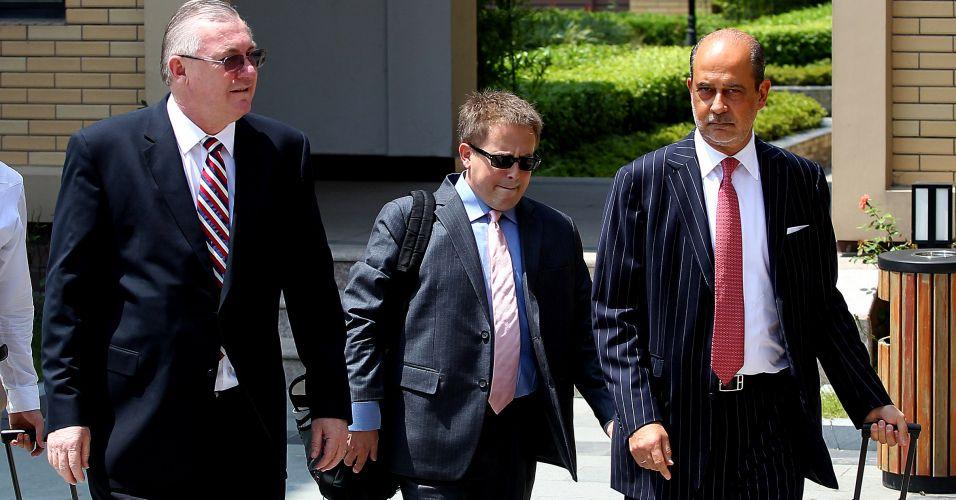 Comitiva chega para audiência da Corte Arbitral do Esporte em julgamento dos casos de doping de Cesar Cielo, Henrique Barbosa, Nicholas Santos e Vinicius Waked