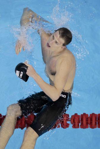 Cesar Cielo conquistou a medalha de ouro nos 50m livres no Mundial de Esportes Aquáticos em Xangai (China). Brasileiro é o atual campeão olímpico da categoria