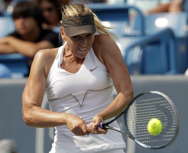 Russa Maria Sharapova venceu a compatriota Svetlana Kuznetsova por 2 sets a 0, com parciais de 6-2 e 6-3