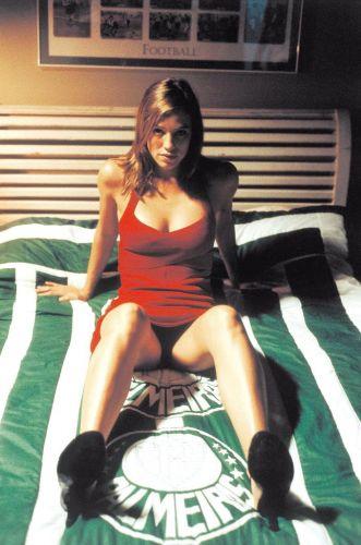 Apesar de Pedro Scooby ser o primeiro namorado-atleta de Luana Piovani, a atriz global já fez um filme com o tema esportivo: O Casamento de Romeu e Julieta, em que a personagem palmeirense se casa com um corintiano