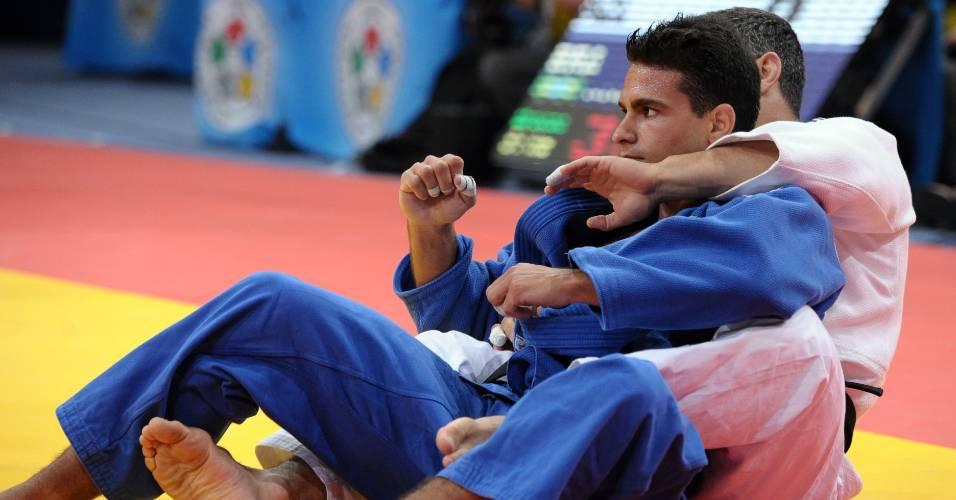 Leandro Guilheiro é medalhista olímpico, é favorito no Pan e está entre os melhores do mundo de sua categoria. Aposta para o ouro em 2012, seria ele o homem para puxar o Brasil na cerimônia de abertura em Guadalajara?