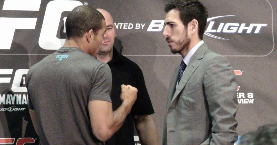 Brasileiro José Aldo, à esquerda, encara no norte-americano Kenny Florian, desafiante de sábado no UFC 136 em Houston
