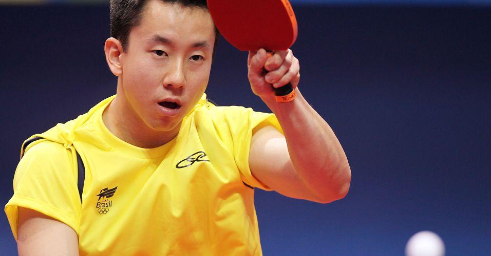 Gustavo Tsuboi é o atleta mais jovem da equipe masculina de tênis de mesa