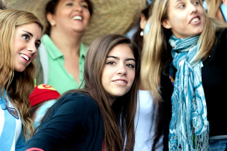 Torcida feminina compareceu para apoiar as Leonas da Argentina em Guadalajara