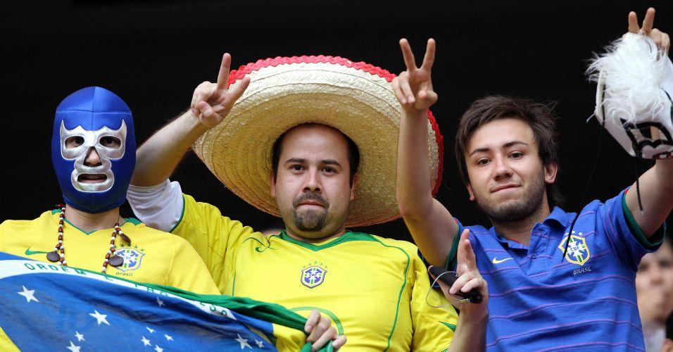 Torcida faz a festa no estádio Omnilife durante o jogo entre Brasil e Argentina, nos Jogos Pan-Americanos de Guadalajara