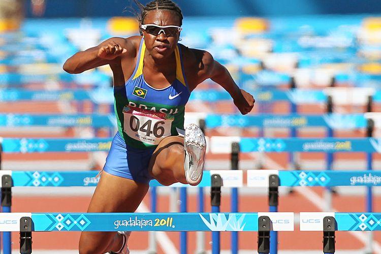 Maila Machado corre os 100 m com barreira e passa pela semifinal no Pan após ser quarta em sua bateria