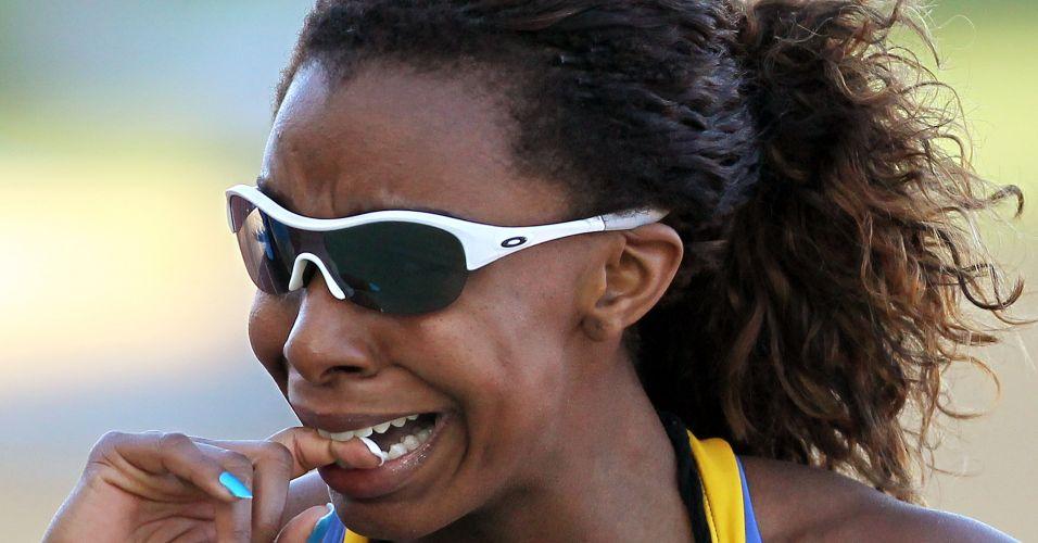Rosângela Santos chora após vencer a prova dos 100 m rasos no Pan de Guadalajara